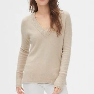 GAP Tan Sweater
